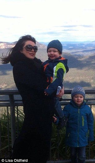 Lisa Oldfield With Boys